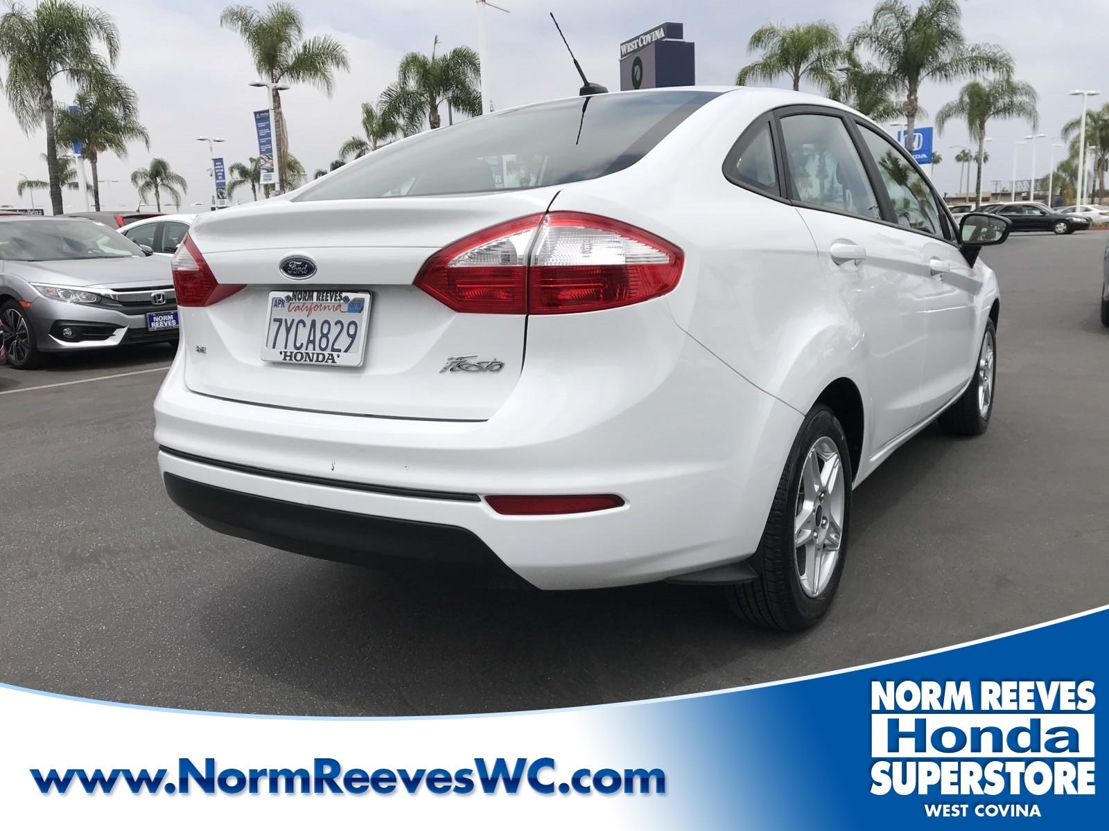 West Covina Ford >> Pre Owned 2017 Ford Fiesta Fwd 4dr Car