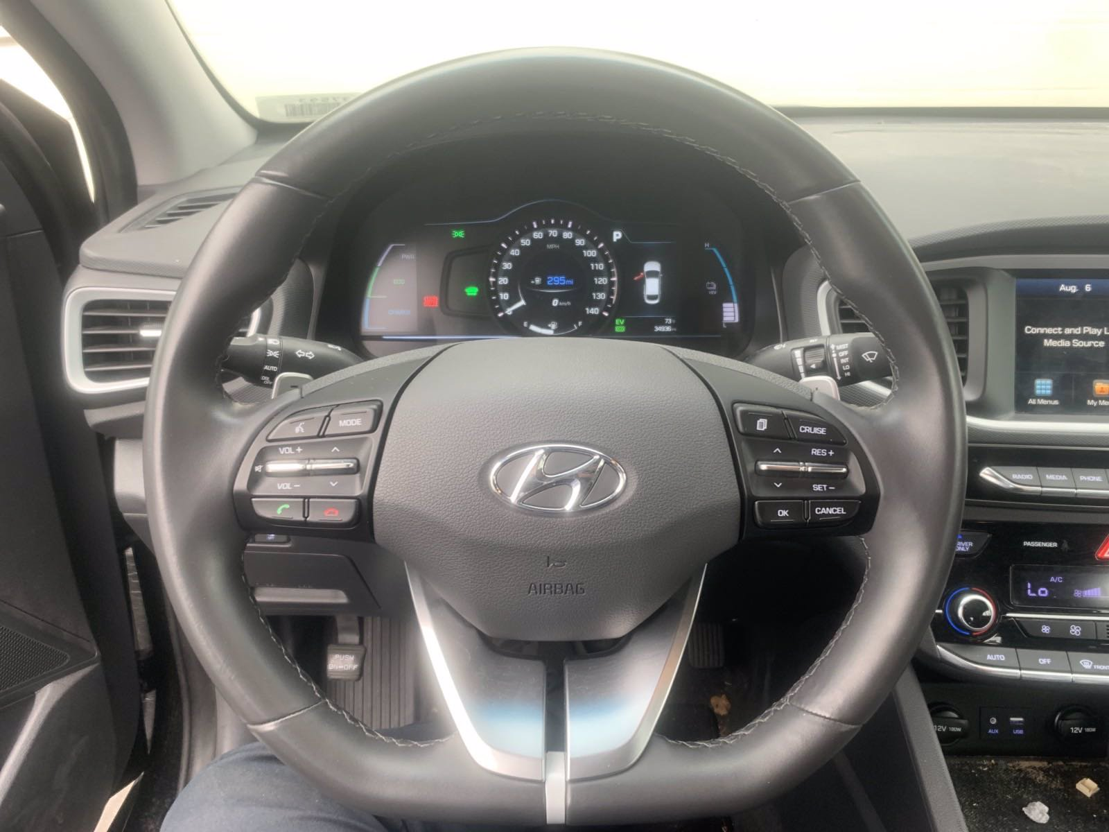 Pre-Owned 2018 Hyundai Ioniq Plug-In Hybrid Limited